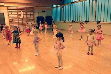 Plié listdansskóli, ballett 5-6 ára